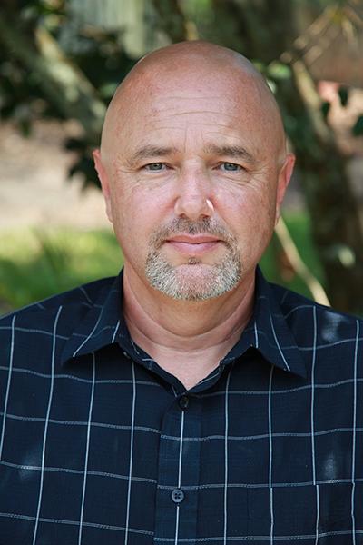 Dr. Chris Ludlow